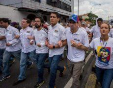 """""""Hegemonía y unidad en la oposición venezolana"""". Fernando Mires. <i>POLIS: Política y Cultura</i>"""